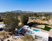 10462 N 60th Place, Paradise Valley image