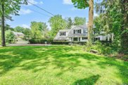 79 Red Brook  Road, Great Neck image