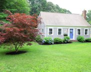 145 Stagecoach Dr, Marshfield image