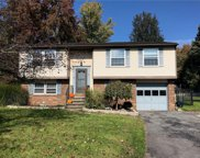 107 Aspenwood Circle, Cicero image