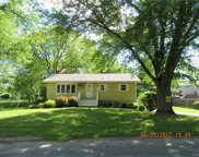 1 Meadowbrook Lane, Goshen image