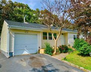 144 Hilltop  Drive, Brentwood image
