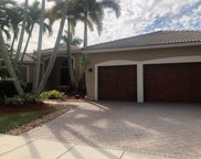 2533 Eagle Run Cir, Weston image