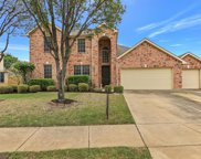 5225 Scenic Point Drive, Fort Worth image