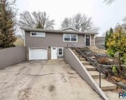 916 W 37th St, Sioux Falls image