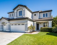 380 Eastview Ct, Hollister image