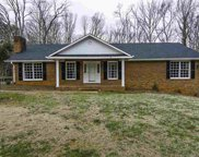 218 Gordon Dr, Spartanburg image