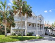 54 OCEANSIDE DR, Atlantic Beach image