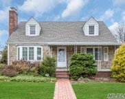 37 Aster Dr, New Hyde Park image