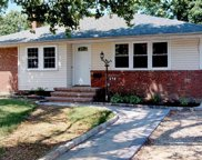 298 Glen Cove Rd, Carle Place image