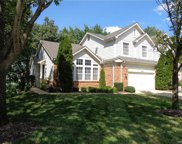 16865 Chesterfield Bluffs Circle, Chesterfield image