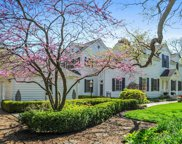 555 East Spruce Avenue, Lake Forest image