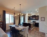 1522 E Hummingbird Way, Gilbert image