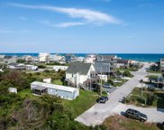 8314 5th Avenue, North Topsail Beach image