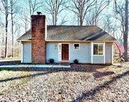 868 Green Meadows Drive, Lexington image