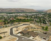 610 Vista Del Sol, Selah image