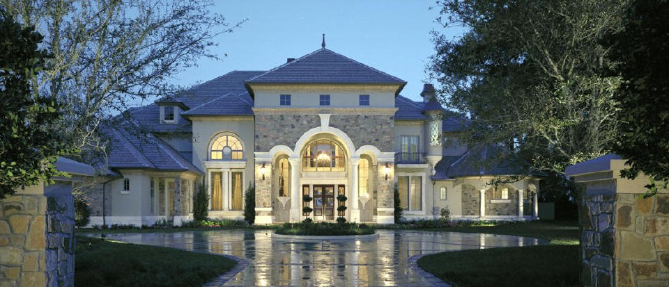 Exquisite featured luxury properties - image courtesy of John Henry, Architect