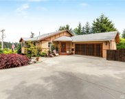 442 Lake Louise Dr SW, Lakewood image