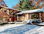 5121 Nob Hill Crt, Bloomfield Twp image