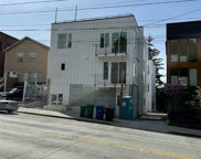 2337 10th Avenue E Unit #F, Seattle image