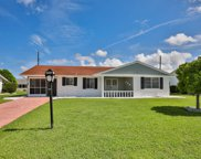 1511 Belle Glade Avenue, Sun City Center image