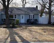 82 Terry  Road, Sayville image