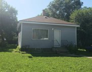 627 NE 10th St, Minot image