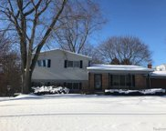 636 OLD PERCH, Rochester Hills image