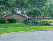 2823 Creekwood Court, Grapevine image