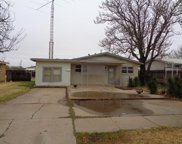 2106 Independence, Plainview image