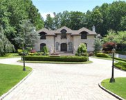 7 Mansion  Drive, Old Westbury image