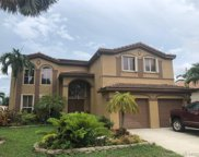 1634 E Harmony Lake Cir, Davie image