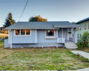 815 SW Cloverdale St, Seattle image