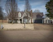 412 E Valleywood, Collierville image