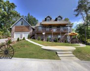 1305 Ownby Circle, Sevierville image