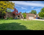 8076 S Willow Stream Dr, Cottonwood Heights image