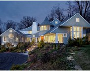 21 SHERBROOKE Road, Scarsdale image