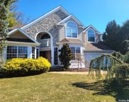 4 Wendy  Road, Syosset image