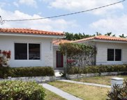 9265 Carlyle Ave, Surfside image