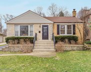 219 Middaugh Road, Clarendon Hills image