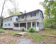 640 Wooddale, Middle Smithfield Township image