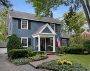 231 East Hickory Street, Hinsdale image