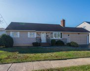 185 Sycamore Ave, Bethpage image