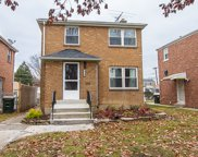2119 South 20Th Avenue, Broadview image