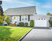1866 Dover  Road, Wantagh image
