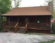 719 Golden Eagle Way, Pigeon Forge image
