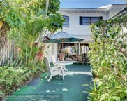 5 Middlesex Dr Unit 5, Wilton Manors image
