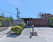30 White Plains Ct, San Mateo image
