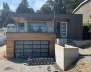 3751 W Commodore WY, Seattle image
