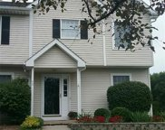 40 Old Meadow Court, Livonia image